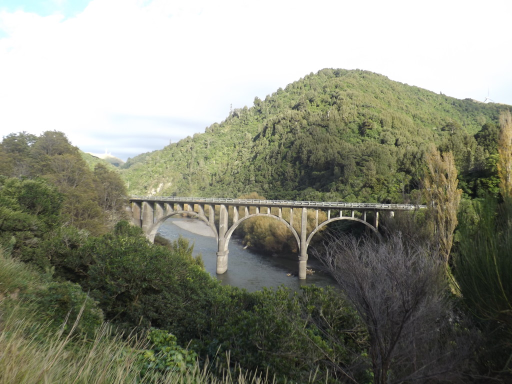 Questions raised over speed of work in Manawatu Gorge | Stuff.co.nz